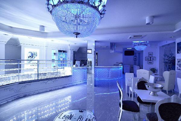 taglioli arredamenti per negozi, bar, alberghi - arredamento ... - Arredamento Moderno Per Pizzerie
