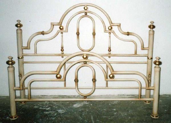 Pegaso decorazioni restauro e decorazione mobili - Letto in ottone rovinato ...