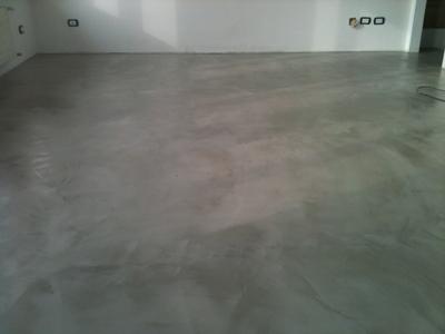 Pavimento in cemento spatolato