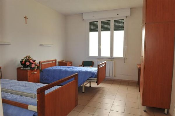 Camera ospiti s antonio residenza per anziani migliaro for Camera ospiti