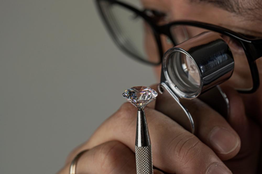 Compravendita diamanti usati